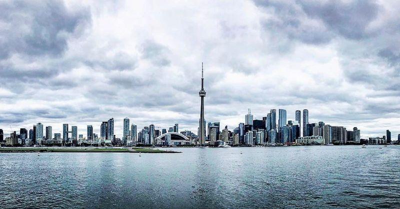 Moving to Toronto | NewHomeListingService