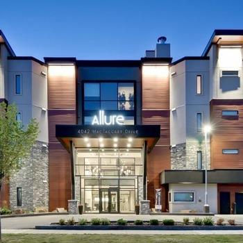 Large square allure condominium