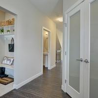 Medium aspect interior 24