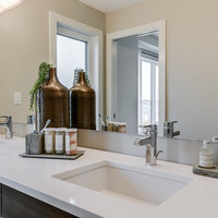 Medium harvest showhome bath