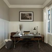 Medium single family desk