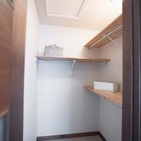Medium douglas pointe interior 29