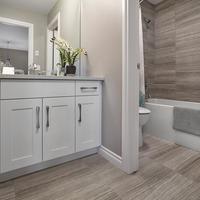 Medium 751272233203053 sunstone main bathroom