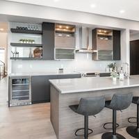 Medium kitchen