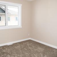 Medium bedroom 2.height 1170 mnjdwom