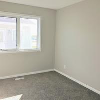 Medium master bedroom  1.height 1170