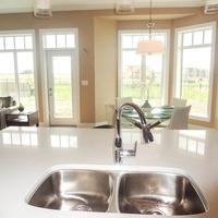 Medium kitchen 4