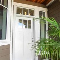 Medium front entrance