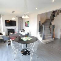 Medium winchester living dining room