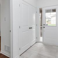 Medium walk in closet 1024x680