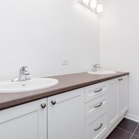 Medium the winchester main bathroom 1024x680