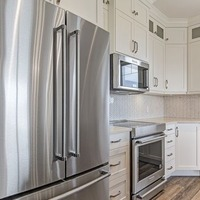 Medium riverview kitchen b