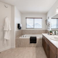 Medium pacesetter homes henley heights maddyii ensuite4 web