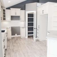 Medium house290007