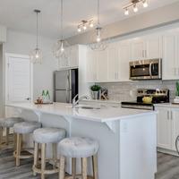 Medium brookfield residential calgary olive retreat kitchen