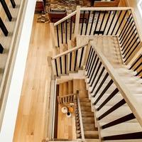 Medium 4 staircase