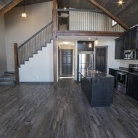 Medium vaulted cottage with timber beams 1170x738