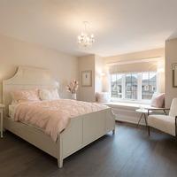 Medium modern bedroom
