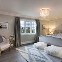 Medium luxury bedroom