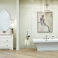Medium design studio bathroom