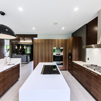 Medium kitchen2