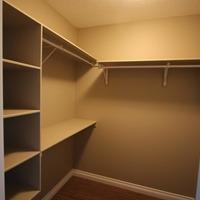 Medium livingston 31 masterbedroom closet 1 desktop resolution 533x600